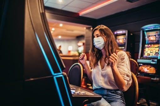 Los casinos físicos reabren durante la Fase 2